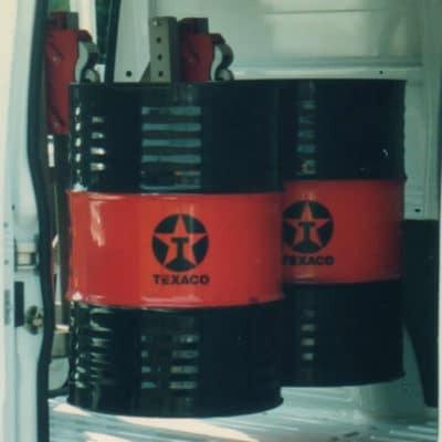 Garra hidráulica NSJ para movimentação de tambores - Ideal para movimentar tambores de forma prática e segura