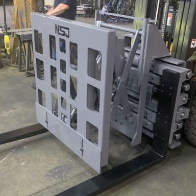 Push Pull / Empurrador de Carga NSJ - Especialmente desenvolvido para puxar e empurrar a carga sem a utilização de paletts convencionais